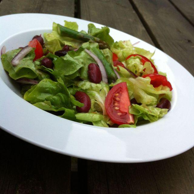 Aspargessalat med kidbey bønner2